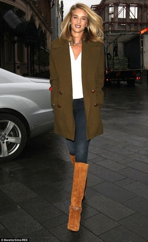Rosie Huntington wearing a fall outfit and tan boots