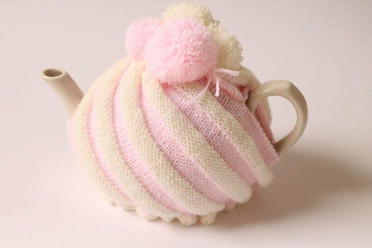 Ice Cream Swirl Tea Cozy Free Knitting Pattern