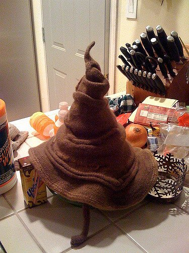 Knitted sorting hat