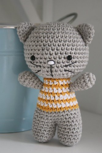 free-amigurumi-cat-pattern