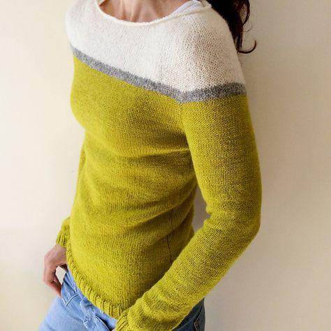 Colourblock knit sweater in three colours