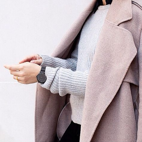 grey knit sweater outfit with an oversized coat