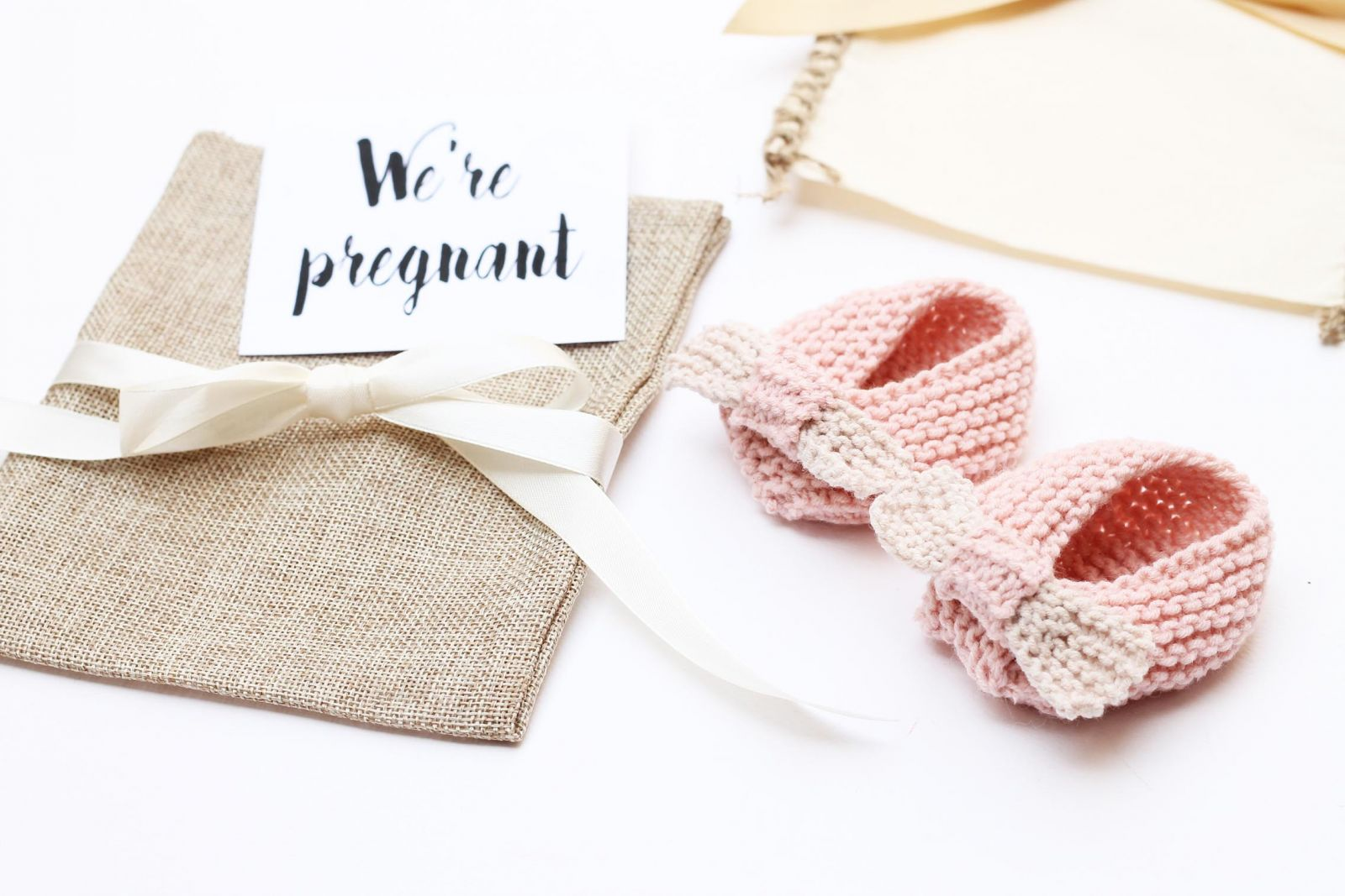 baby-bow-slippers-baby-announcement