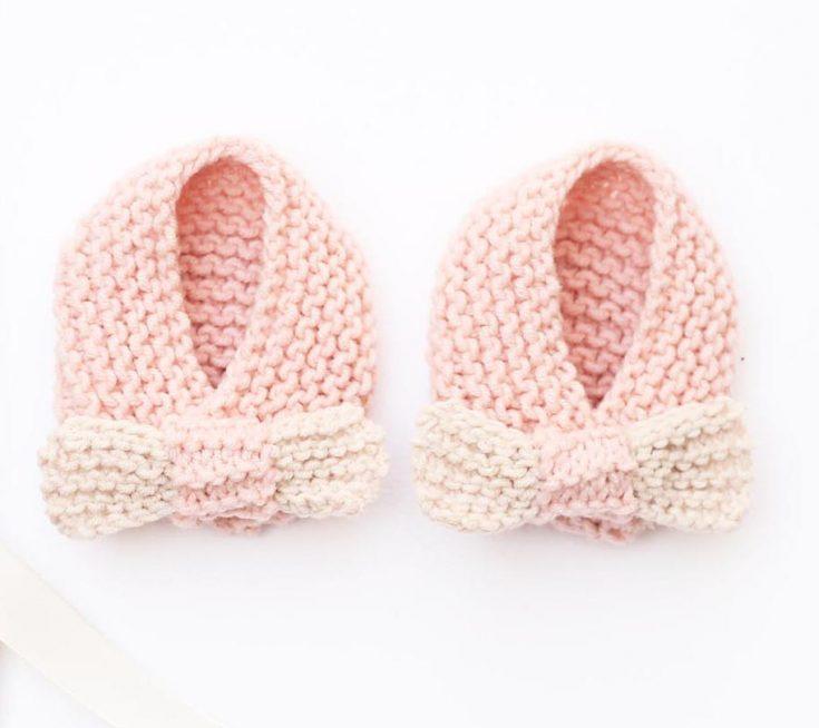 Girl Baby Slippers Knitting Pattern