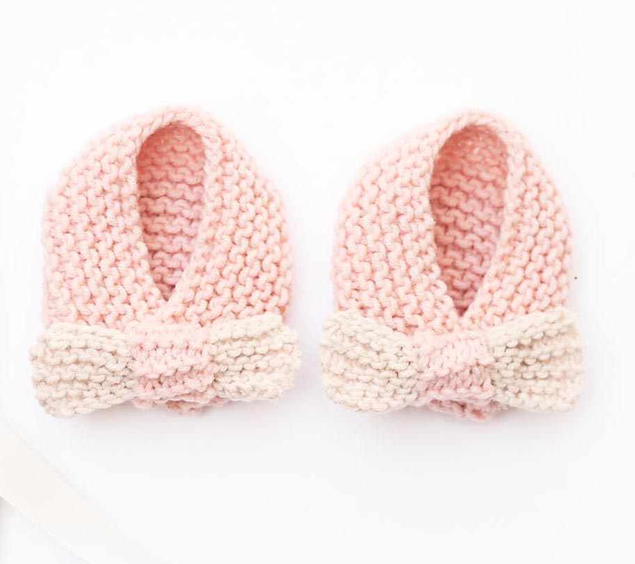 bow-baby-slippers-by-handylittleme
