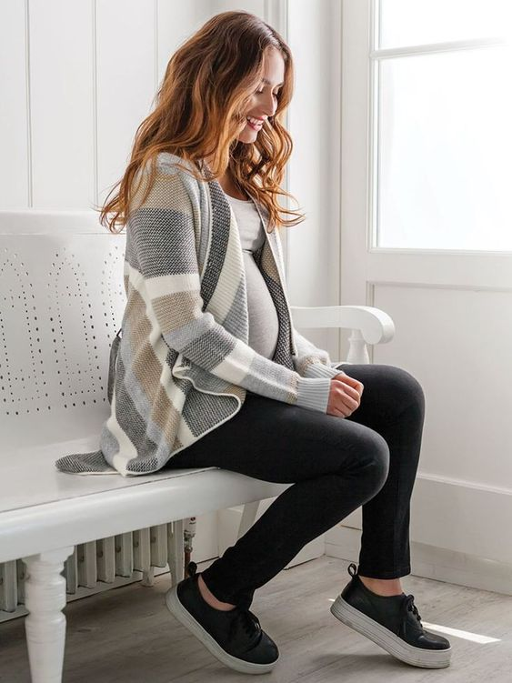 fall maternity cardigan