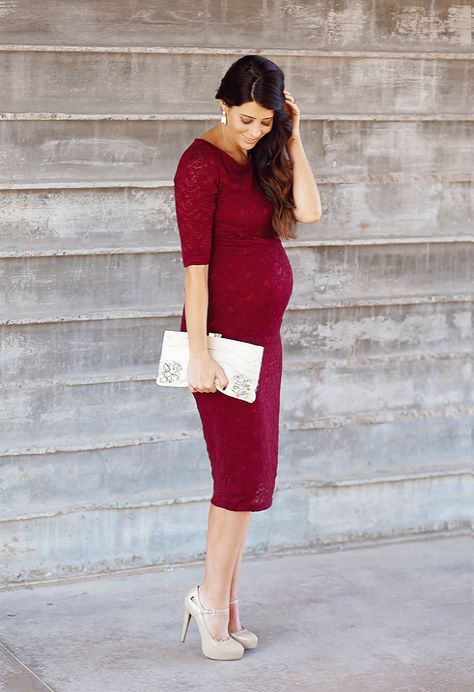 Pregnancy outfit red dress with heels