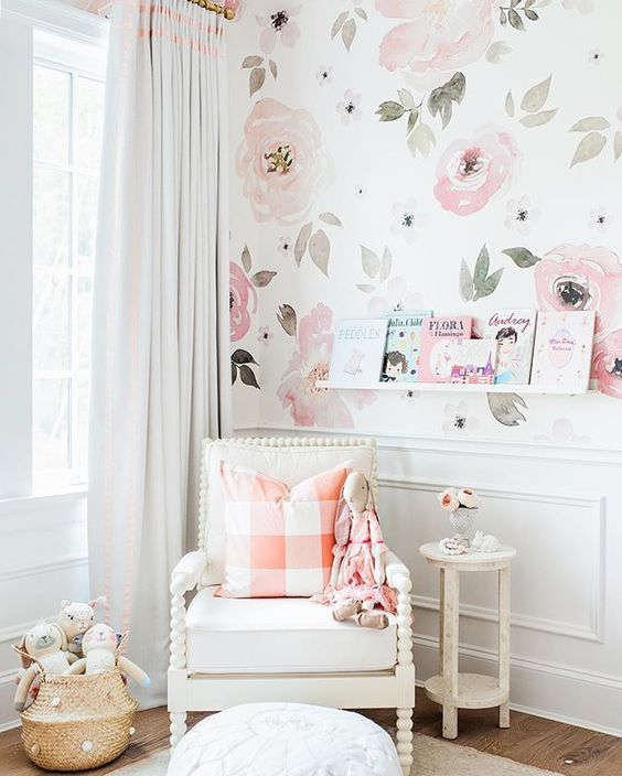 florals in the nursery