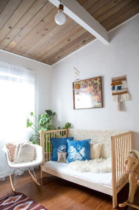 woven wall hangings in the nursery