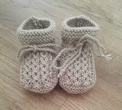 cable baby booties