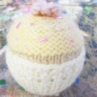 Cupcake Knitting Pattern PDF Download | Handy Little Me
