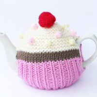 Cupcake Tea Cosy Knitting Pattern PDF Download | Handy Little Me