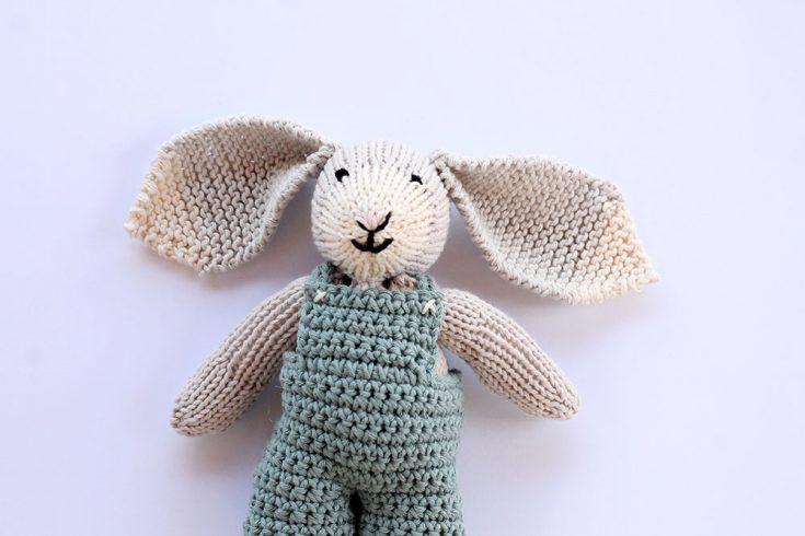 Toy Bunny Knitting Pattern