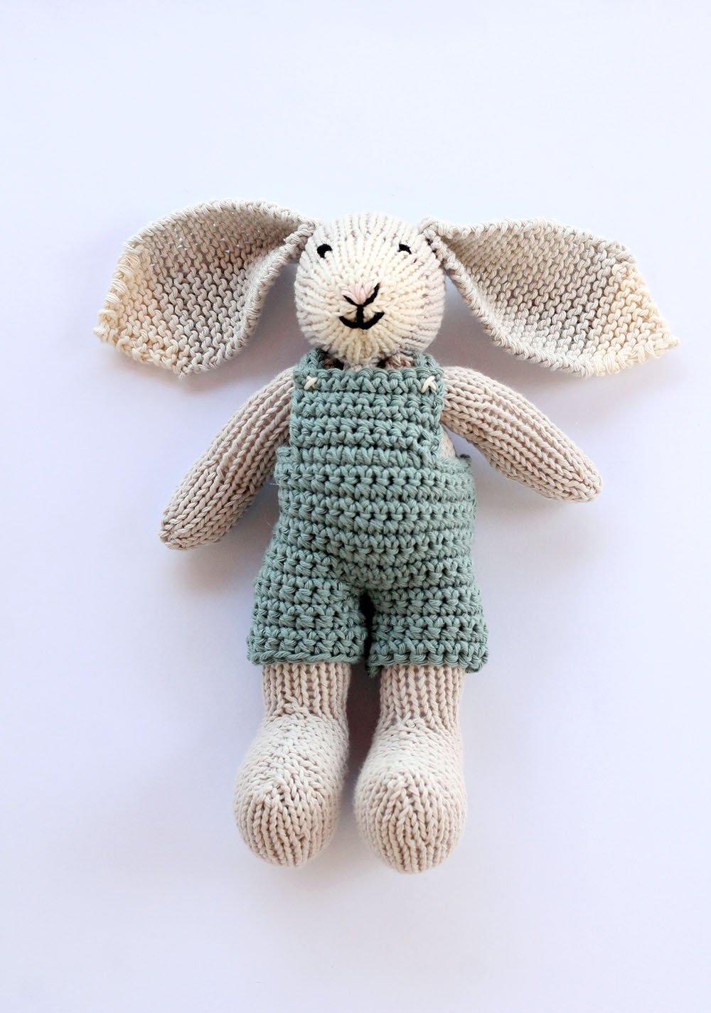 Bunny toy free knitting pattern
