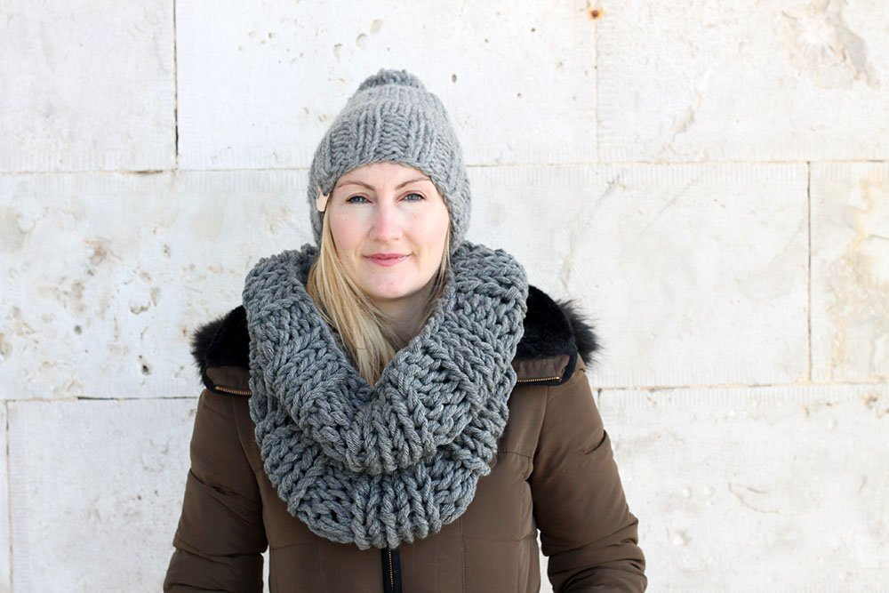6ed2a72fe88 Infinity Scarf And Hat Pattern