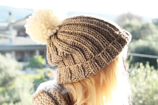 grey slouchy beanie hat pattern