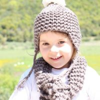 Kids Hat and Matching Scarf Knitting Pattern
