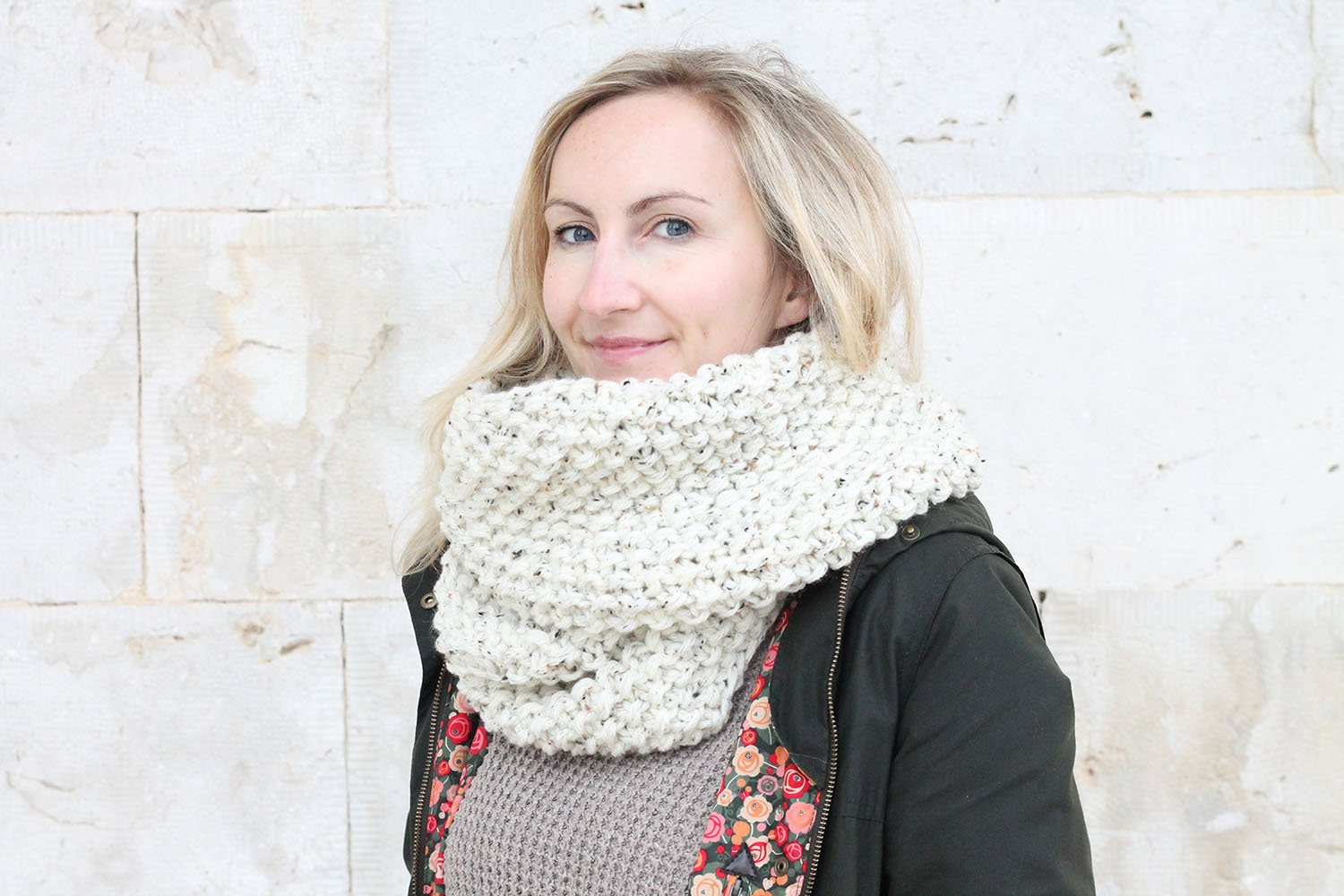 knitted seed stitch infinity scarf