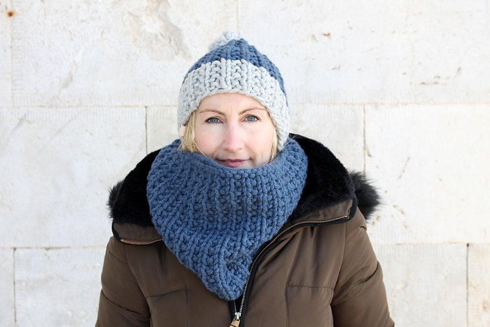 matching hat and cowl knitting pattern