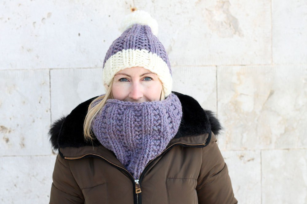 matching hat and cowl knitting pattern