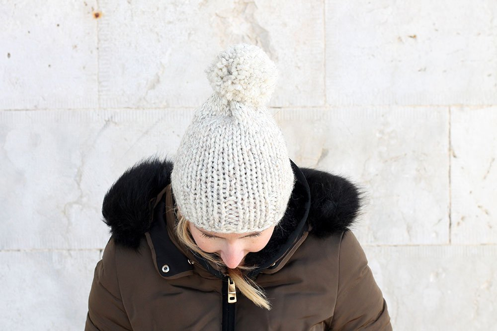 pom pom beanie hat knitting pattern