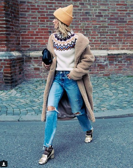 yoke sweater and jeans outfit