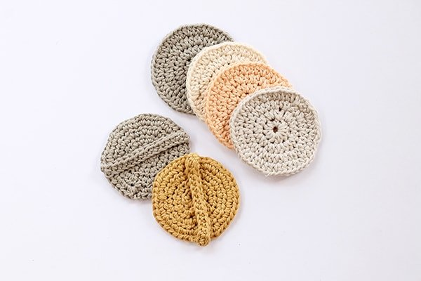 crochet circle face scrubbies