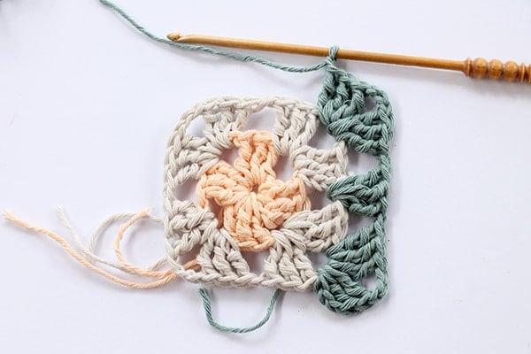 crochet granny square step seven