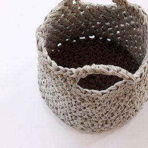 washbag crochet basket
