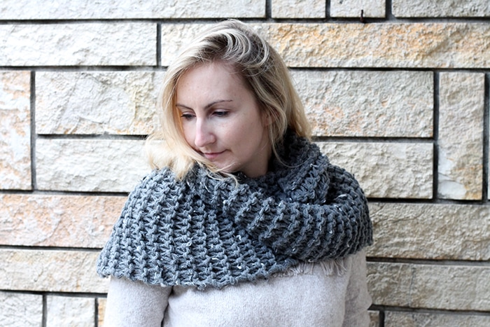Brianna grey infinity scarf from Outlander