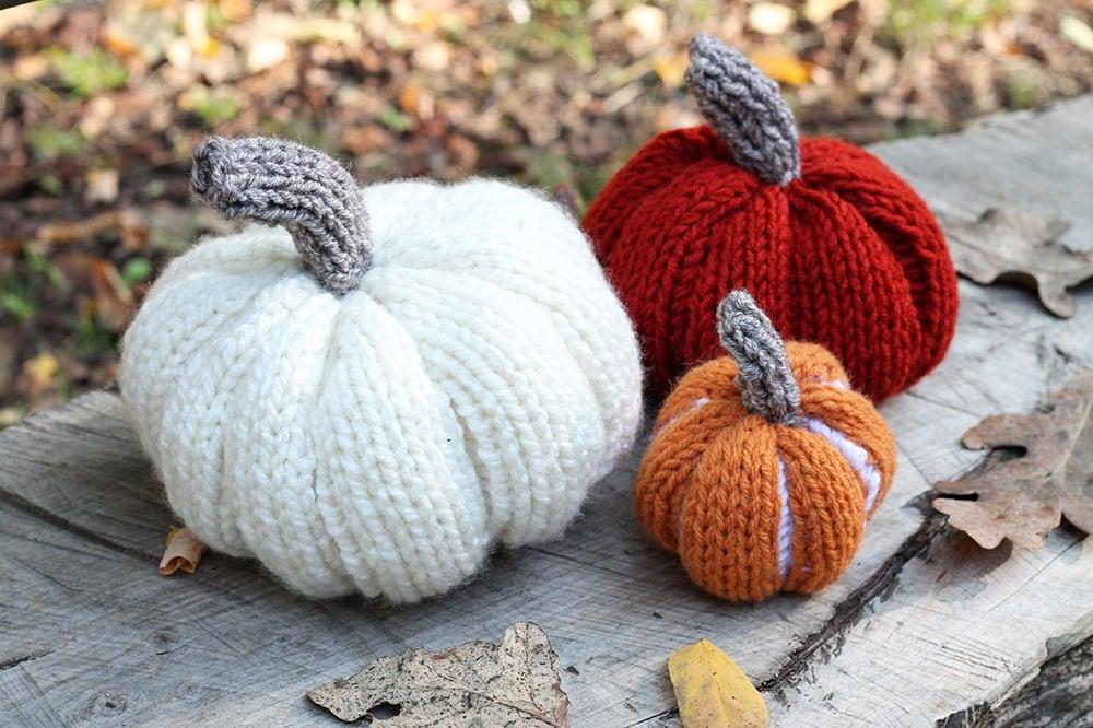 DIY pumpkin knitting pattern
