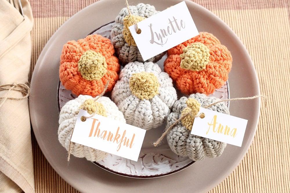 mini crochet pumpkins free pattern