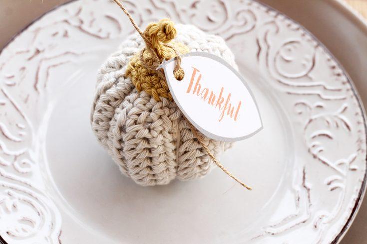 Mini Crochet Pumpkins | Free Pattern