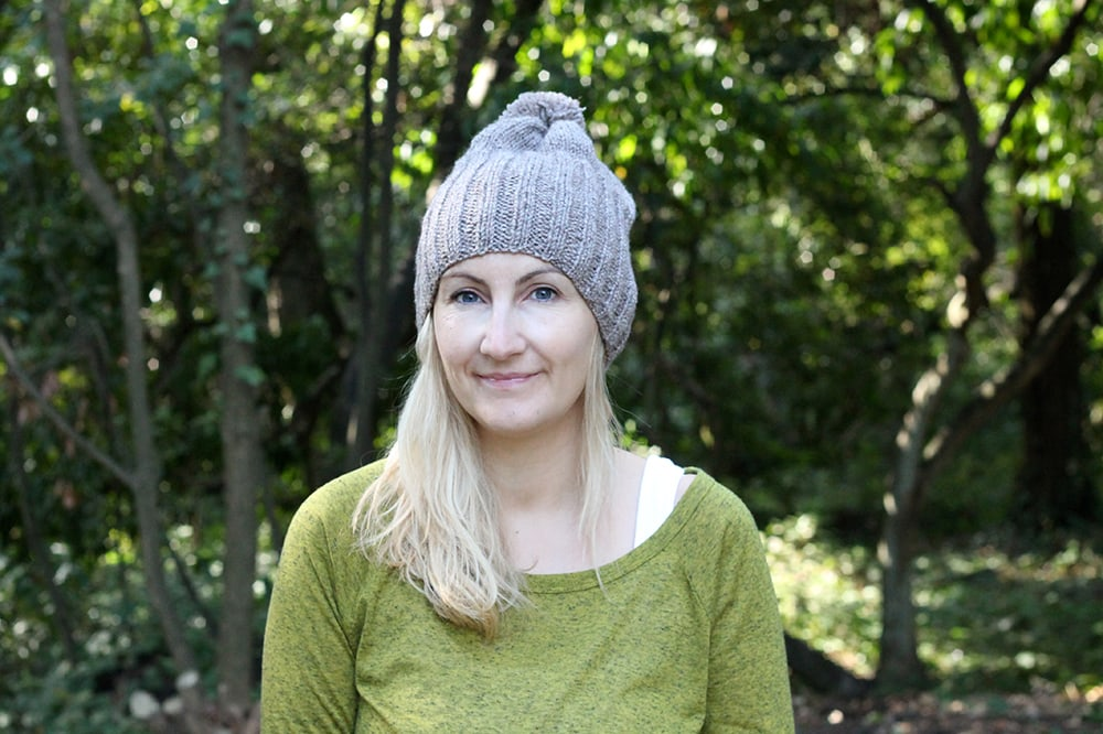 beginner beanie hat knitting pattern