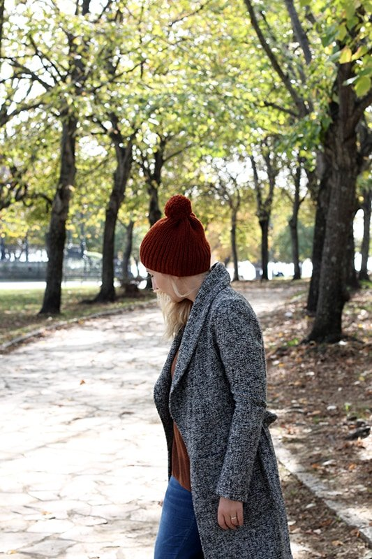 knit hat in autumn colours