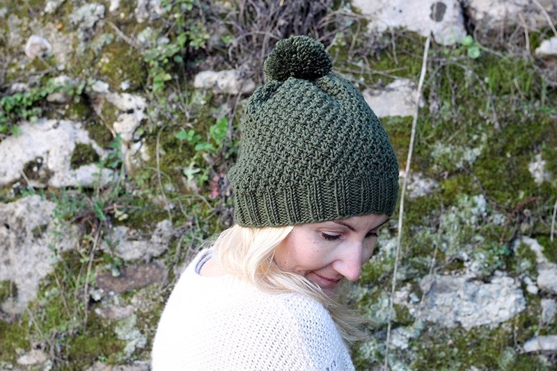 Double moss stitch hat pattern