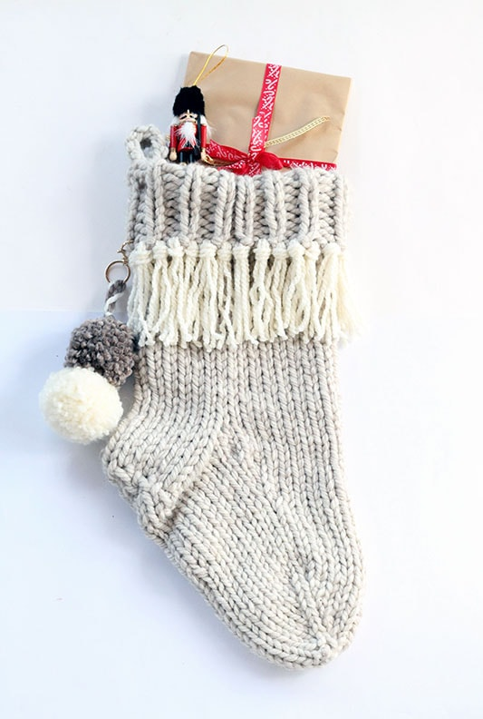Farmhouse Christmas stocking pattern