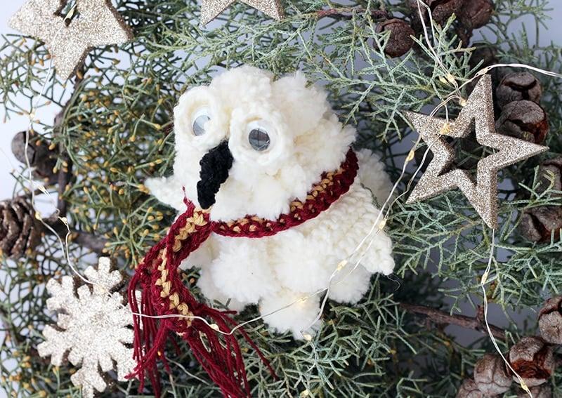 Hedwig pom pom Christmas decoration