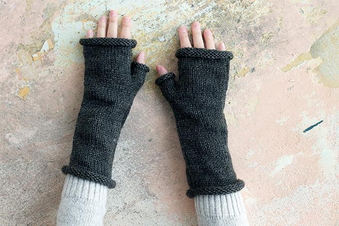 Brianna from Outlander fingerless mittens pattern