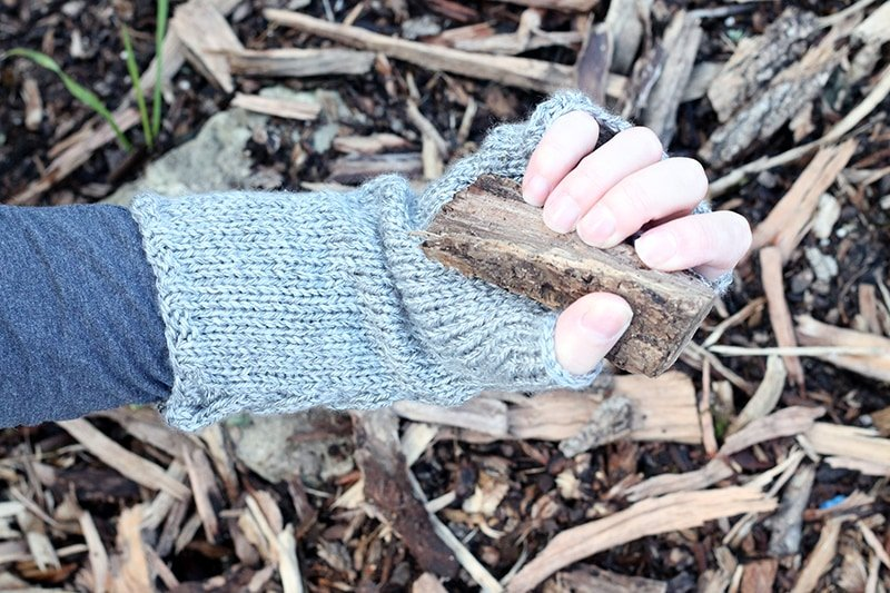 Fingerless gloves pattern