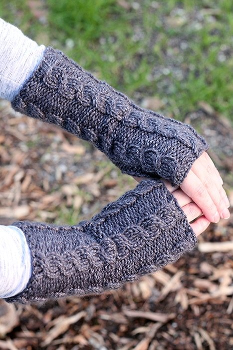 Fingerless mittens knitting pattern free