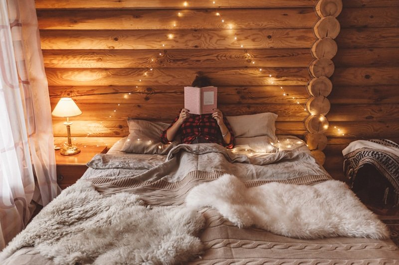 Log cabin bedroom ideas