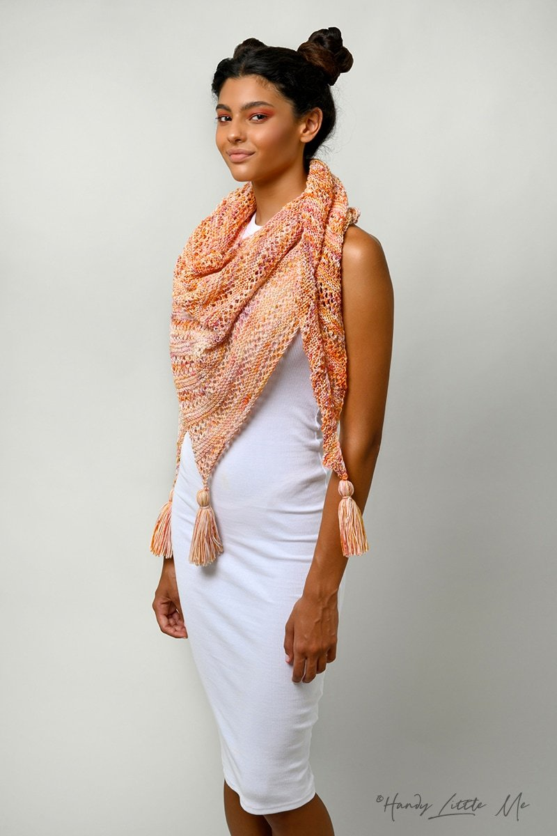 Asymmetrical shawl pattern