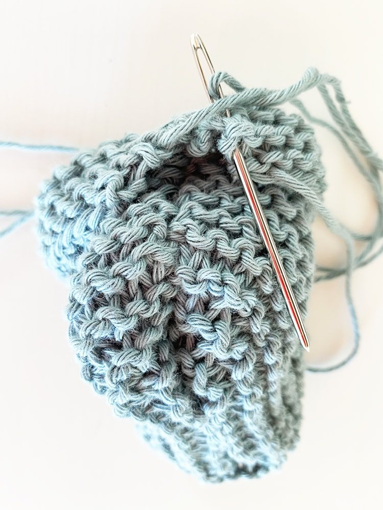 Baby booties step 16