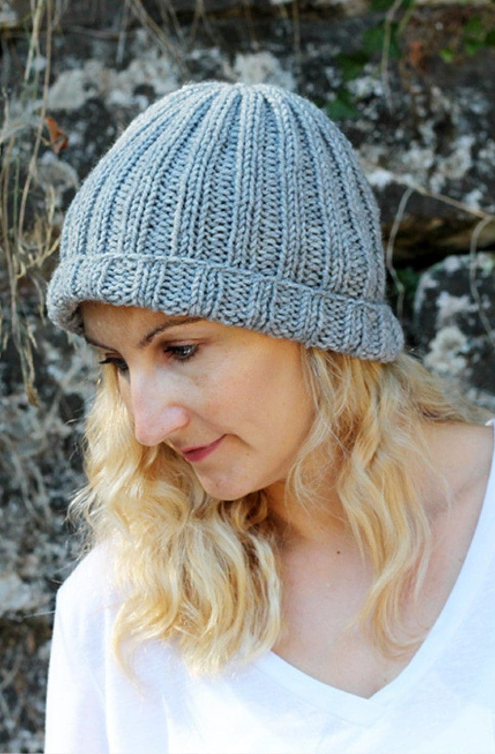 Easy Beginner Hat Knitting Pattern