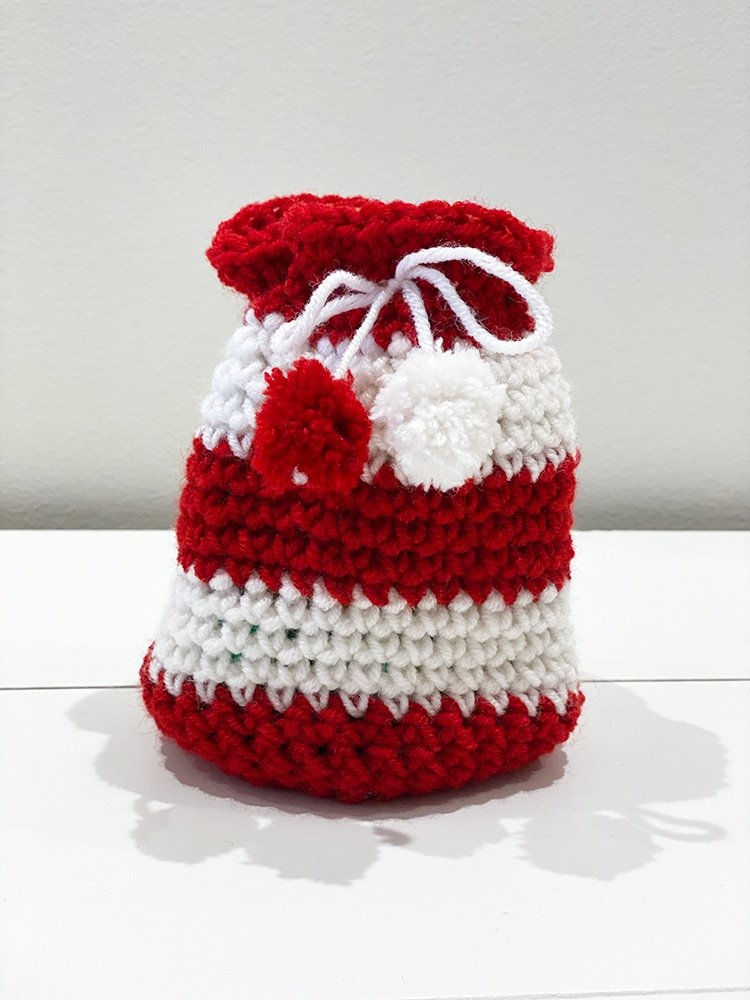 Candy cane crochet gift bag