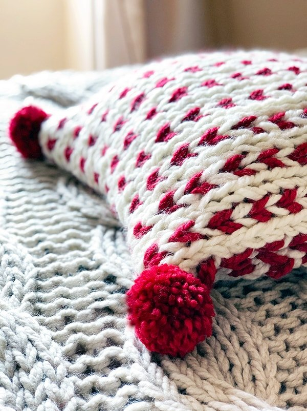 Christmas knitting patterns red and white pillow