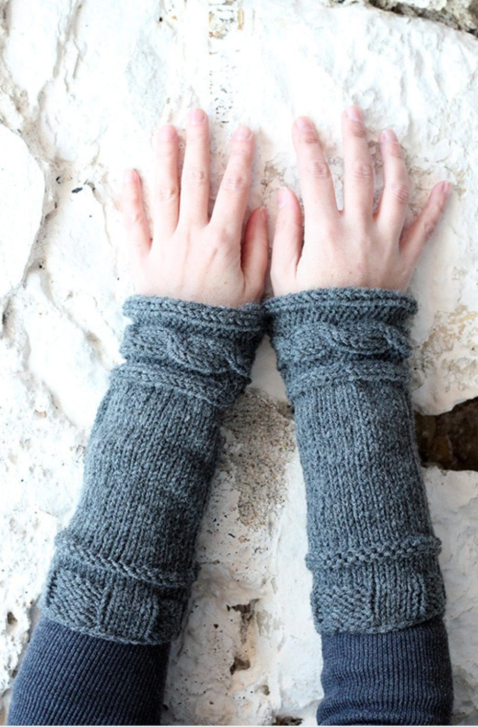 Outlander Claire's Cable Knit Arm Warmers