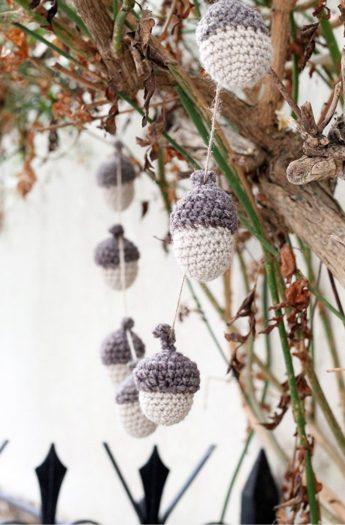 Crochet Acorn Garland {Fall Decor}