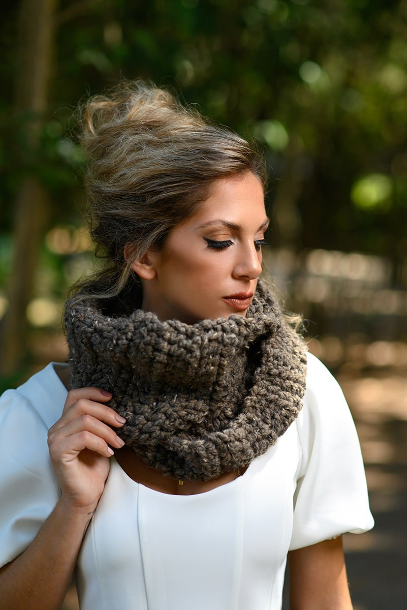 Crochet cowl made with Lion Brand wool ease thick and quick